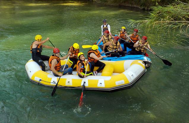 Rafting - Contracorriente Aventuras