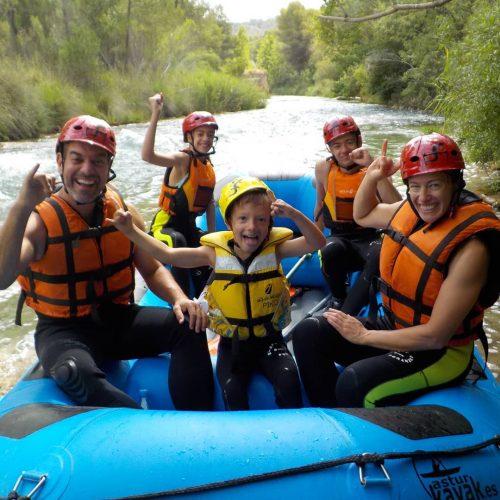 Familia Rafting - Contracorriente Aventuras